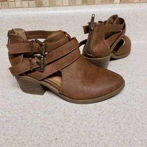 Other - Brown booties